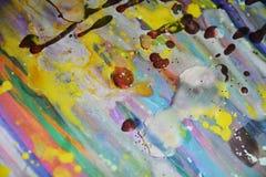 Pontos brancos vermelhos da cera do watercor colorido do amarelo do arco-íris, projeto criativo Fotos de Stock