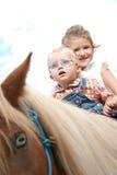 Ponyreiten Lizenzfreie Stockbilder