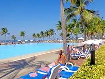Pool auf dem Strand Lizenzfreie Stockfotos