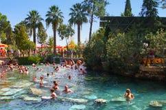 Pool in einem Hierapolis, Pamukkale, die Türkei Stockbild