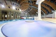 Pool en koepel in waterpark Caribia Royalty-vrije Stock Afbeeldingen