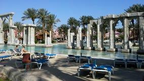 Pool, hotel en vakantie in Egypte Stock Afbeelding