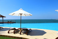 Pool Hotel Saman Villas and the Indian Ocean, Sri Lanka Royalty Free Stock Images
