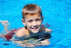 Pool-Lächeln Stockfoto