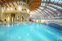 Pool met blauw water in waterpark Caribia Royalty-vrije Stock Fotografie