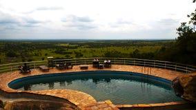 Pool mit einer Ansicht Stockbild