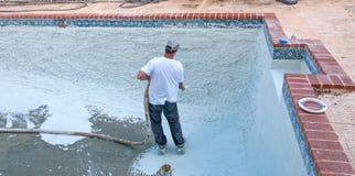 Pool-Nacharbeiten Lizenzfreies Stockbild