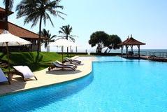 Pool, Saman Villas Lizenzfreie Stockfotos