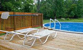 Pool-seitliche Plattform Stockbilder