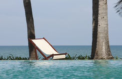 Pool side bed Stock Photography