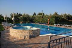 Pool with sundbeds Stock Photography