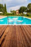 Pool in Toscanië stock foto's