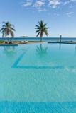 pool tropisk simning Royaltyfri Bild