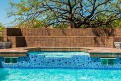 Pool und Jacuzzi Lizenzfreie Stockbilder