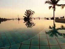 Pool und sunstes Stockfotos