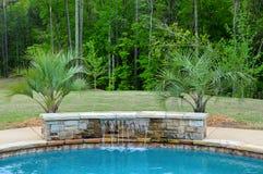 Pool-Wasser-Merkmal stockfotos