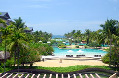 Pools op het strand in Zuiden Chinese Overzees, China, Hainan stock foto's