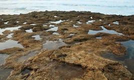 pools stenig tide arkivfoto