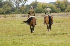 Poolse militairen op paarden tijdens WO.II royalty-vrije stock foto's
