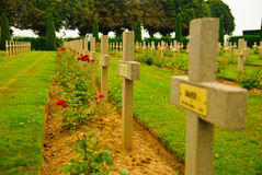 Poolse oorlogsbegraafplaats - vele kruisen in Normandië Stock Foto's