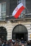 Poolse vlag die bij helft-personeel vliegt Royalty-vrije Stock Foto