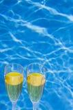 Poolside Champagne immagine stock