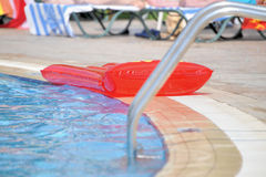 poolside gonflable de matelas Photo libre de droits