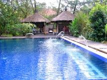 poolsidebrunnsort Arkivfoton
