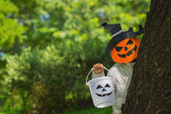 Poor kids play Halloween with the mask Royalty Free Stock Photos