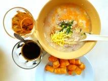 Pooridge thaïlandais de riz de petit déjeuner Photographie stock libre de droits