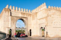 Poort aan de oude stad van Fez Stock Foto's