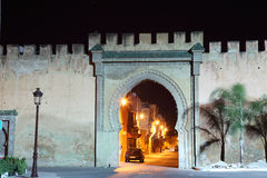 Poort in de oude stad van Meknes royalty-vrije stock afbeeldingen