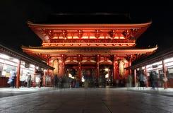 Poort van Tempel Senso -senso-ji bij nacht, Asakusa, Tokyo, Japan Royalty-vrije Stock Afbeelding