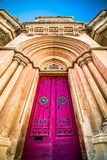Poorten van ingang aan Mdina, Malta, versperd concept onderbroken toegang, gastvrijheid royalty-vrije stock afbeeldingen