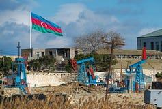 Poços de petróleo de Baku Imagens de Stock Royalty Free