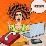 Pop Art Aggressive Screaming Woman med bärbara datorn Arkivfoto