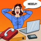 Pop Art Angry Frustrated Woman Screaming aan het Bureauwerk Royalty-vrije Stock Fotografie