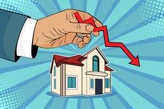 Pop art che cade prezzi della casa, mano dell'uomo con la freccia verde su e casa illustrazione di stock