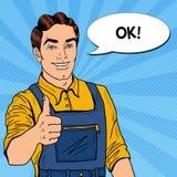 Pop Art Confident Smiling Mechanic met Moersleutel beduimelt omhoog Stock Afbeeldingen