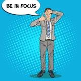 Pop Art Happy Businessman Focusing met zijn Handen stock illustratie