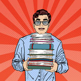 Pop Art Man Student Holding Stack av böcker royaltyfri illustrationer