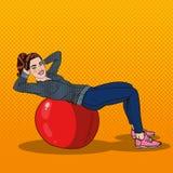 Pop Art Smiling Fit Woman Exercising på konditionboll i idrottshall royaltyfri illustrationer