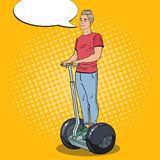 Pop Art Young Man Driving Segway De trein is op de post royalty-vrije illustratie