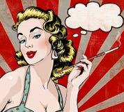 Pop-artillustratie van vrouw met de de toespraakbel en sigaret Pop-artmeisje Het uitstekende etiket van de theetijd De groetkaart Stock Foto