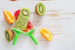 Pop för is för fruktfruktsaft Royaltyfri Bild