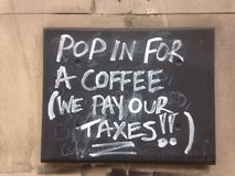 Pop in för kaffe Arkivbild