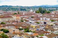 POPAYAN KOLUMBIA, LUTY, - 06, 2018: Nad widok miasto Popayan, jest centrum dział Cauca Ja ` s Zdjęcia Stock