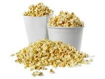 Popcorn κιβώτιο που απομονώνεται σε ένα απομονωμένο λευκό υπόβαθρο στοκ φωτογραφία με δικαίωμα ελεύθερης χρήσης