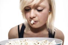 Popcorn κορίτσι Στοκ εικόνες με δικαίωμα ελεύθερης χρήσης