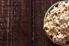 Popcorn σε ένα κύπελλο Στοκ φωτογραφία με δικαίωμα ελεύθερης χρήσης